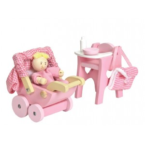 Le Toy Van Daisylane Nursery and Baby Set
