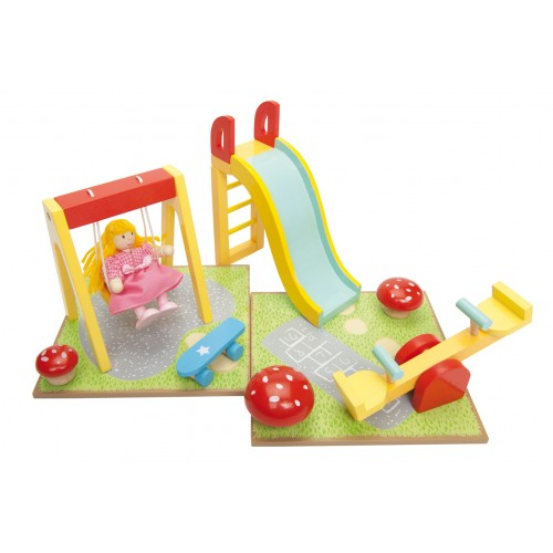 Le Toy Van Daisylane Outdoor Play Set